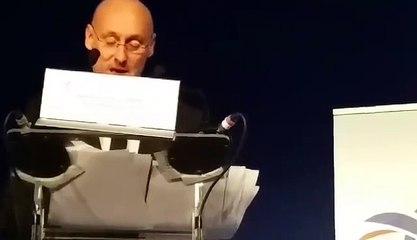 L'émotion de Bernard Laporte lors de son élection à la présidence de la FFR