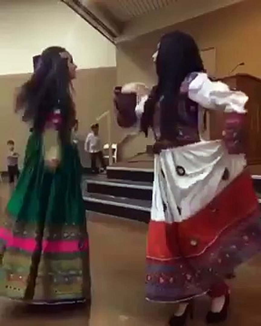 Mast Pashto Girls Wedding Dance, New Pashto Song 2016