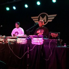 """Mad Skillz & DJ Skillz spinning that """"We The People"""" by A Tribe Called Quest"""