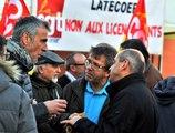 Les salariés de Latécoère manifestent devant leur usine de Toulouse