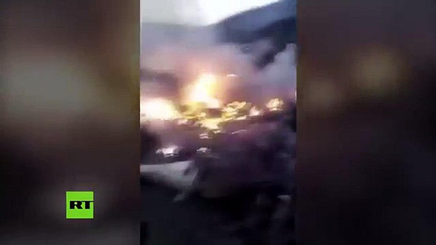 Un avión con 47 personas a bordo se estrelló en Pakistán