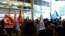 Personnel communal de Saint-Denis en lutte pour ses droits débraye et investi le centre administratif