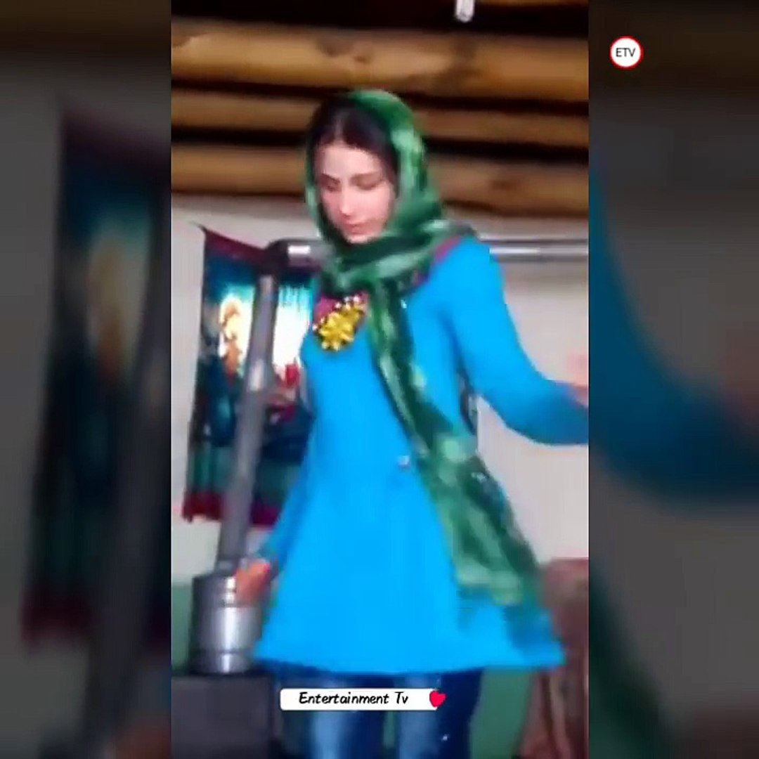 Afghan Village Girl Dance In Home رقص خانگی مست دختر افغانی