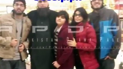 Junaid Jamshed Family Pics - Junaid and Neha junaid died in crash of pk 661