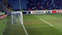 Los hinchas del Zorya de Ucrania robaron las pancartas del Manchester United