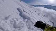 Il déclenche une avalanche en ski du haut d'une montagne !