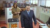 Ora News -  Maqedonia votoi për daljen nga kriza politike mes incidentesh