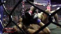 Mira como un  luchador se desmayó en pleno ring