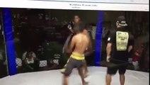 Así un luchador atacó al réferi por equivocación