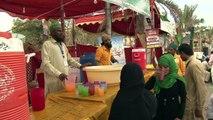 Muslims in Pakistan celebrate birthday of Prophet Mohammad