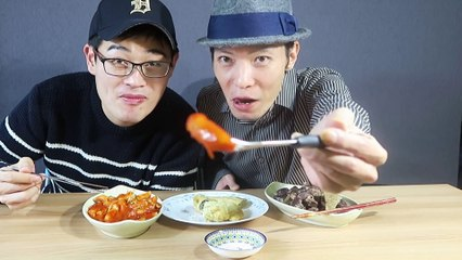 Trying Street Food in Korea | Probando Comidas Callejeras en Corea
