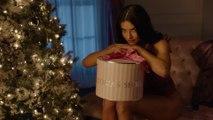 Les Mannequins de Victoria's Secret souhaitent bon Noël en lingerie