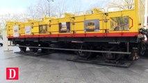 Le petit train jaune des Pyrénées a été exposé devant l'hôtel de région Occitanie