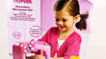 MINNIE MOUSE Marvelous Talking Microwave + Cookie Monster Play Doh Toy Bowtique Episodes