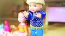 FROZEN Secret ATTIC Disney Frozen Anna Kristoff & Family Parody PLAY DOH AllToyCollector