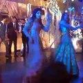Mawra Hocane and Alyzeh Gabol Dance on Breakuphttps Song at Urwa and Farhan wedding reception