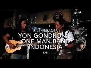 Art Fazil meets Indonesia One Man Band Yon Gondrong