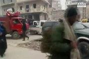 Siria: media, oltre mille evacuati da Aleppo oggi
