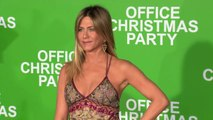 Jennifer Aniston and Olivia Munn Premiere B-Roll Footage - OFFICE CHRISTMAS PARTY (2016)