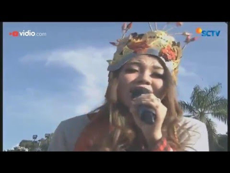 Bebizie Dan Via Vallen Sandiwara Cinta Live On Karnaval Inbox Banyuwangi