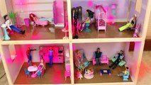 Barbie Dollhouse Frozen Elsa & Anna Dolls Mansion Dollhouse Spiderman Ariel Merman DisneyCarToys