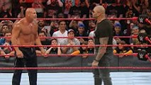Wwe OMG 18/12/2016 Batista return RAW & attack Goldberg Batista is Crazy, Batista Beat Goldberg