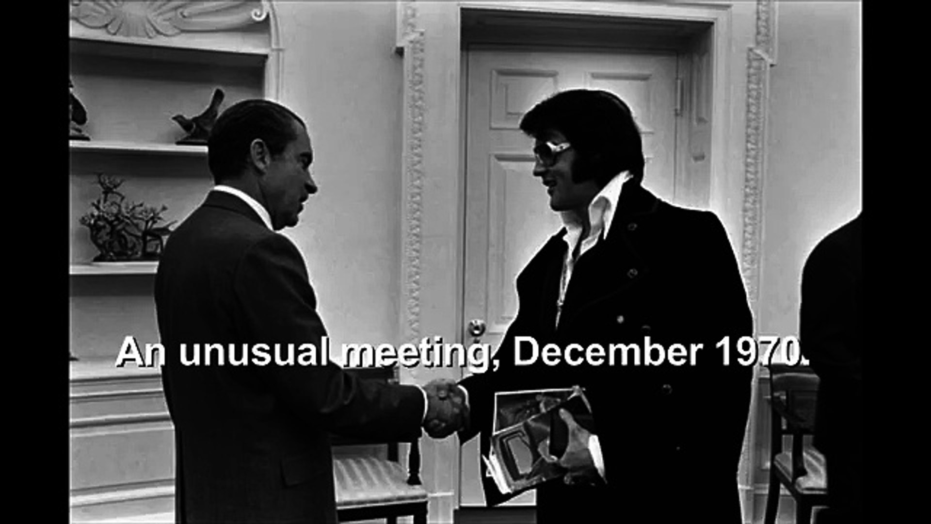 Elvis Presley and President Nixon at the White House  December 21, 1970 2