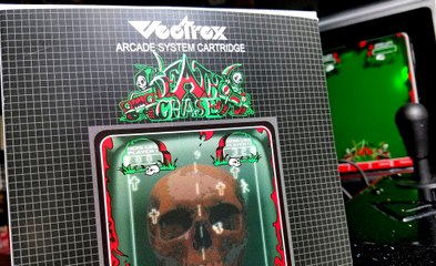 Classic Game Room -DEATH CHASE review for Vectrex