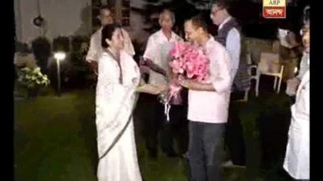 Mamata meets kejriwal, Bengal CM  welcomes Delhi CM