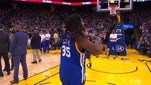Basket, un fan fait un tir du milieu de terrain pendant un temps mort et rafle 3 millions Cfa