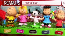 GIANT Surprise Toys Dog House THE PEANUTS MOVIE Snoopy & Charlie Brown Playsets DisneyCarToys