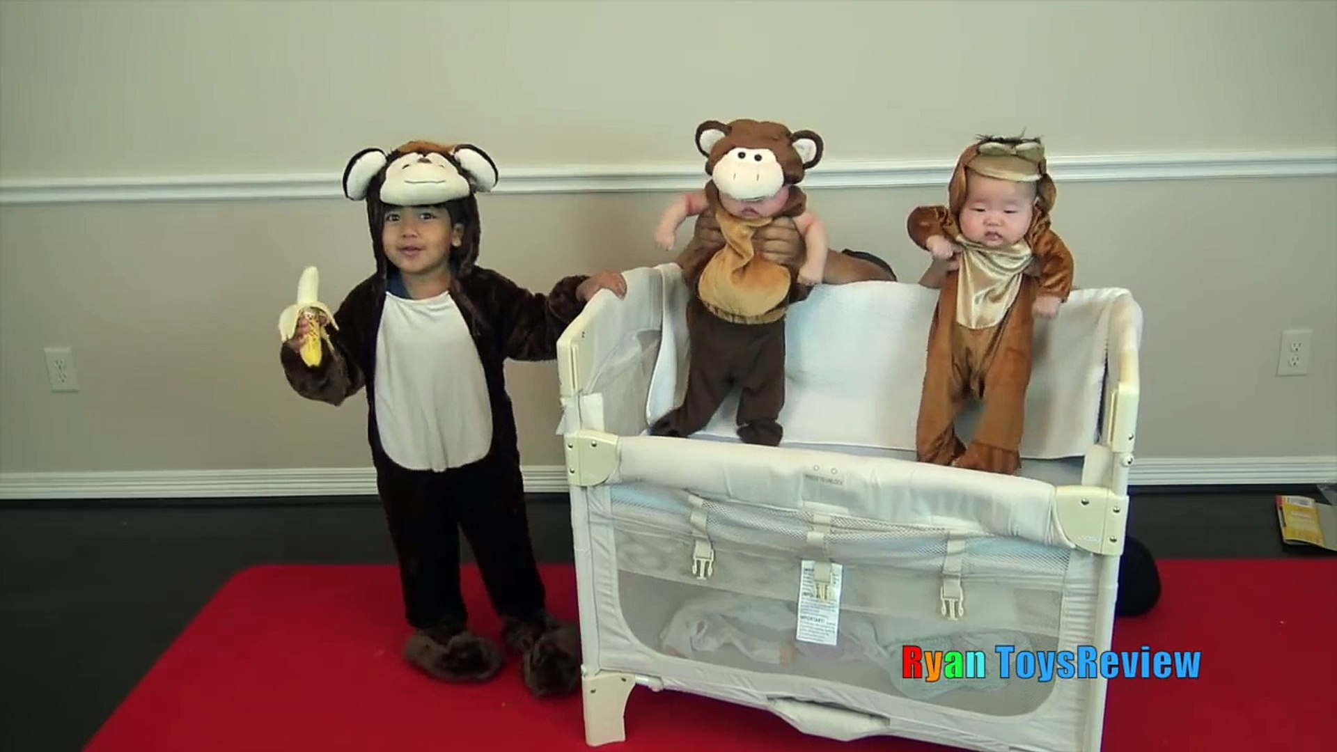 KIDS COSTUME RUNWAY SHOW Top costumes ideas for family, kids part 2