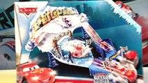 Flash McQueen jouets CARS 2 Disney Pixar   toboggan, looping, sauts!