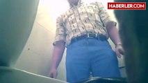 Tuvalete Gizli Kamera Yerleştiren Sapık Kendini Filme Aldı