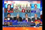 Funny exchange of words between Saleem Safi & Ayesha Baksh over PPP's related question
