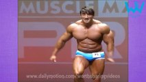 Bodybuilders can dance too. Amazing bodybuilder dancing