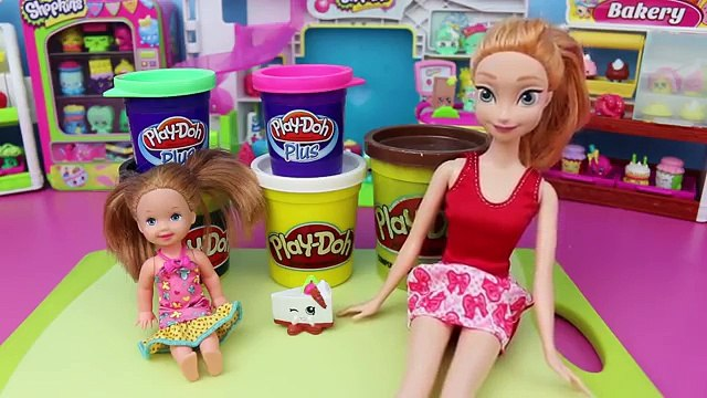 DisneyCarToys Frozen Anna Makes Play-Doh Shopkins Cake with Frozen Kids Krista New Rare Shopkins