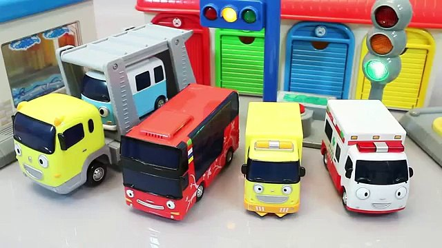 Mundial de Juguetes & Tayo The Little Bus Toys