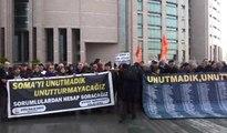 Soma'da madenci ailelerinden adliye önünde açıklama: İş cinayetleri son bulsun