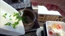 Làm món mì Dandan bằng đồ nấu ăn thu nhỏ Nhật Bản