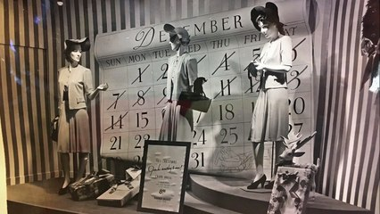 75 Years of Holiday Windows ★ WindowsWear.com