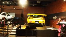 Jeux vidéos d'arcades avec de vraies voitures au Japon !