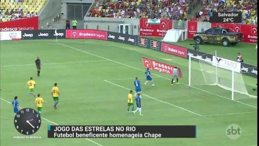 Neymar participa do Jogo das Estrelas promovido por Zico