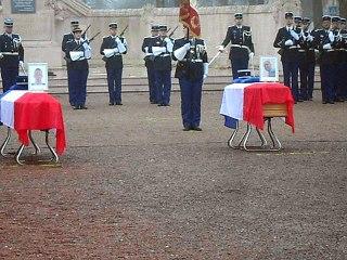 Beauvais : hommage national des trois gendarmes tués