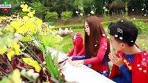 Joker Prank Love Spider Girl Frozen Elsa & Spiderman Superman Freeze Superhero Prank