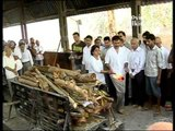 B-town Attends Rajkumar Hirani's Father Suresh Hirani's Funeral