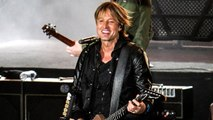 Keith Urban Performs Tribute to Musicians Who Passed in 2016