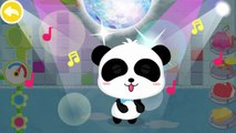 Baby Panda take a shower and play in the Bath with Bath Toys, Bubbles and more