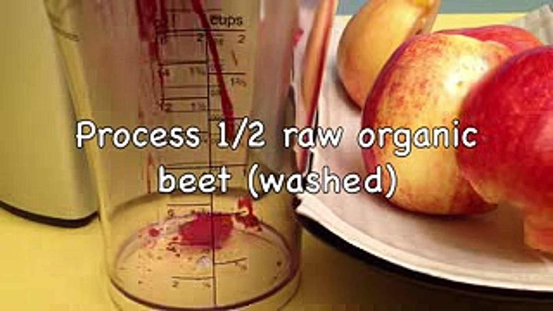 How to Make a Healthy Apple and Beet Juice (HD)