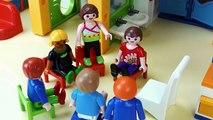 PLAYMOBIL FILM DEUTSCH - Unfall in der Kita! Julian blutet! Spiel mit mir Kinderspielzeug